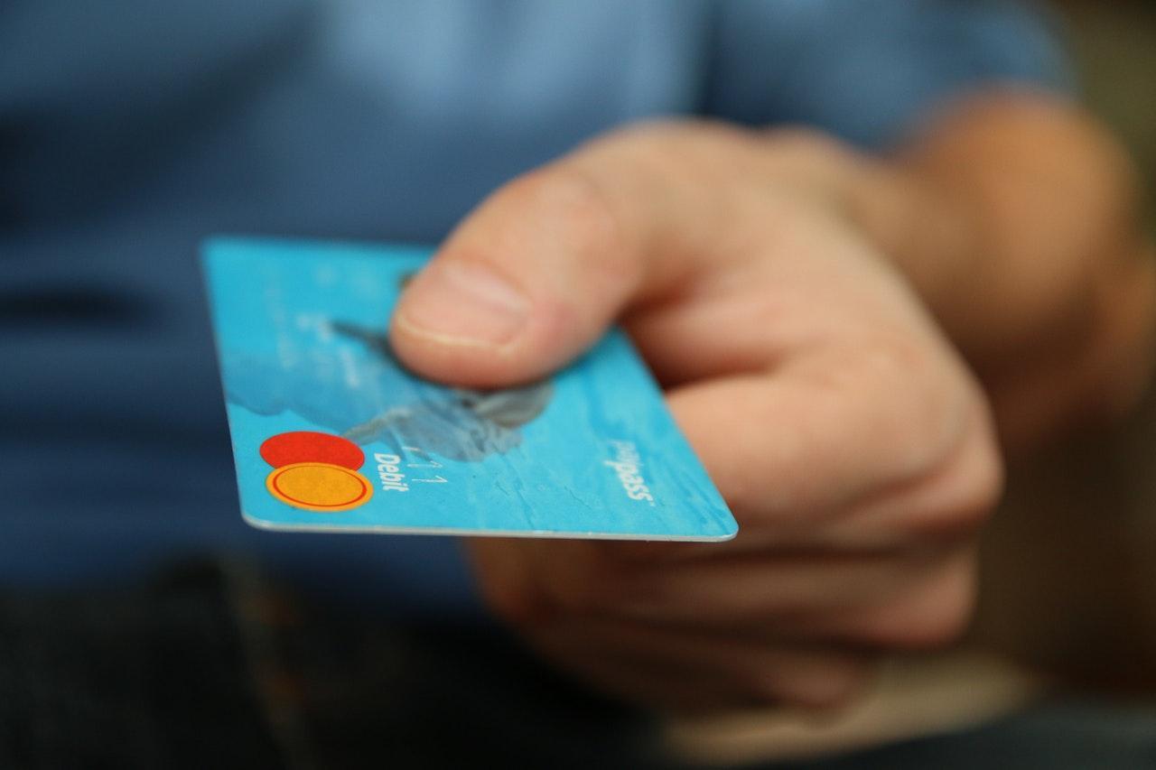 Bankgebühren unzulässig erhöht - jetzt Kontoführungsgebühren zurück verlangen - Rechtsanwalt für Bankrecht.
